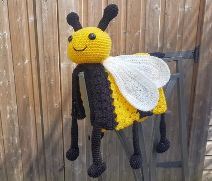 3in1 Happy Bee Baby Blanket - Crafting Happiness