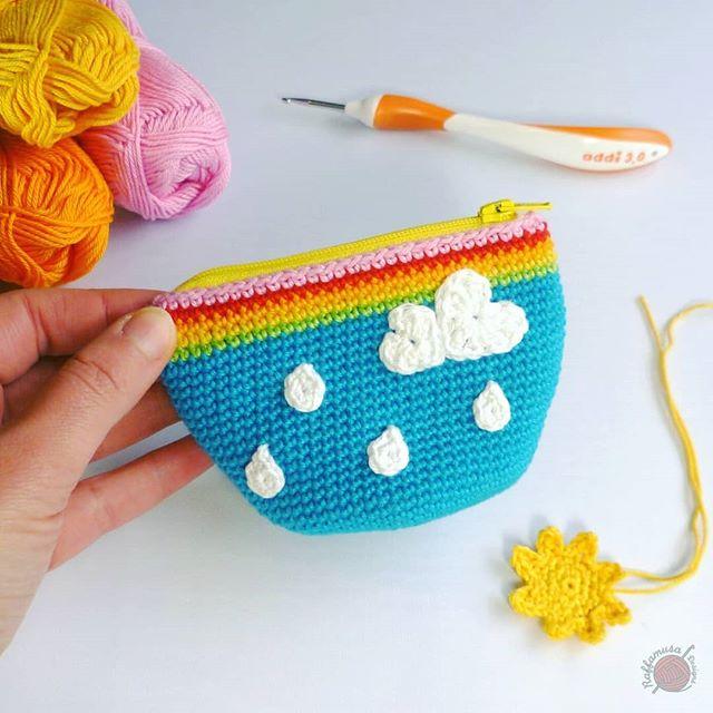 Rainy-Sunny Coin Purse Free Crochet Pattern