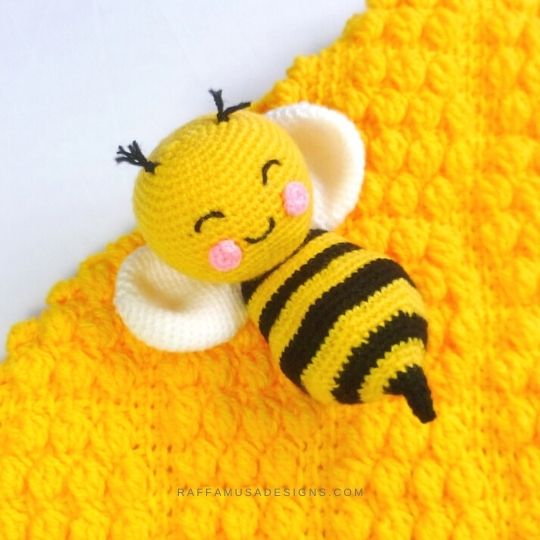Crochet Bee - Free Amigurumi Pattern - Raffamusa Designs