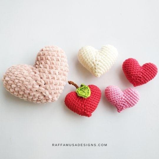 Apple_Hearts_Amigurumi_Free_Crochet_Pattern_RaffamusaDesigns