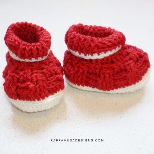 Basketweave Baby Booties - Free Crochet Pattern - Size 3-6 Months - Raffamusa Designs