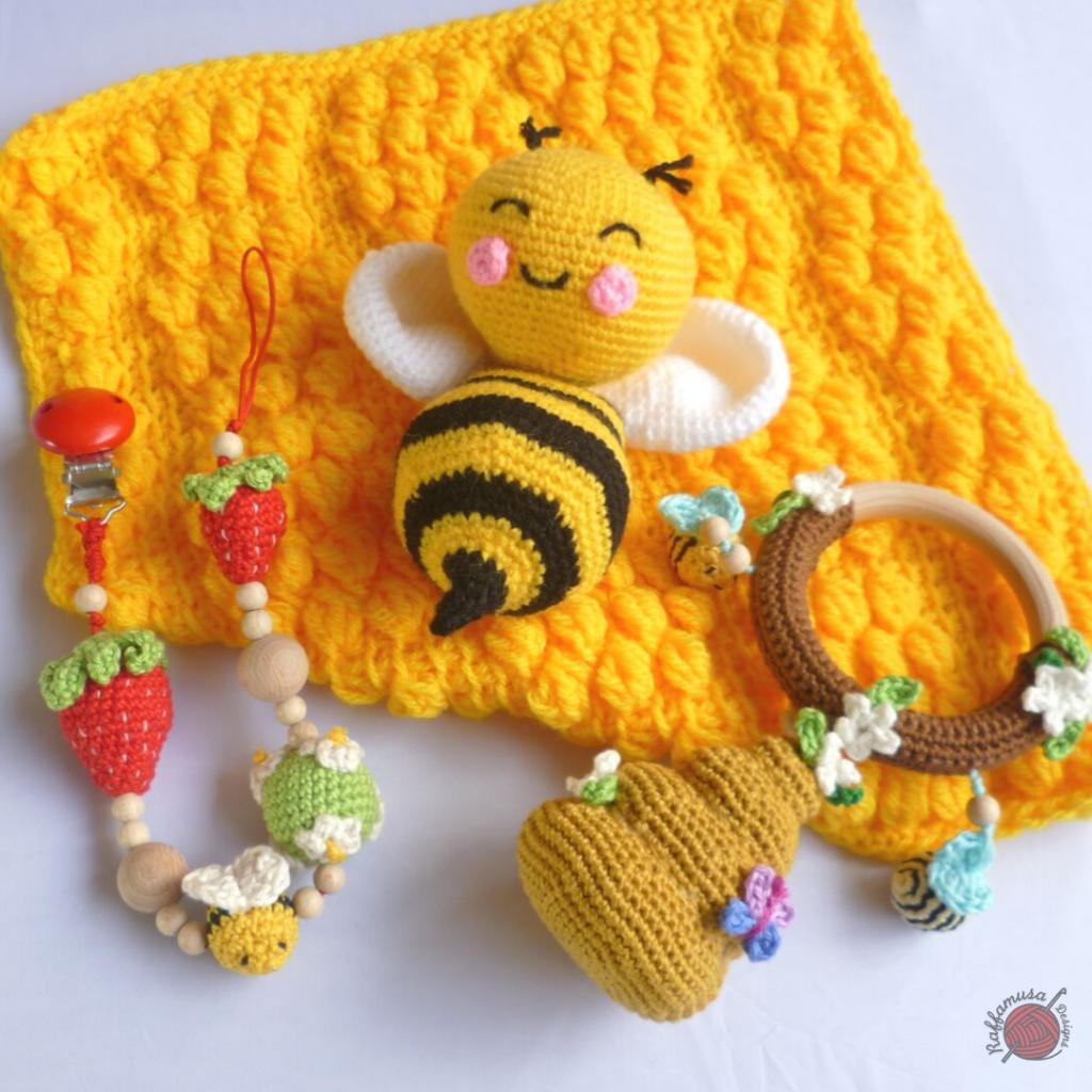 Crochet Beehive Baby Set
