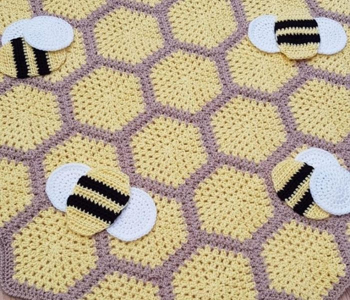 Busy Bumble Blanket - Stitched Up by Emma