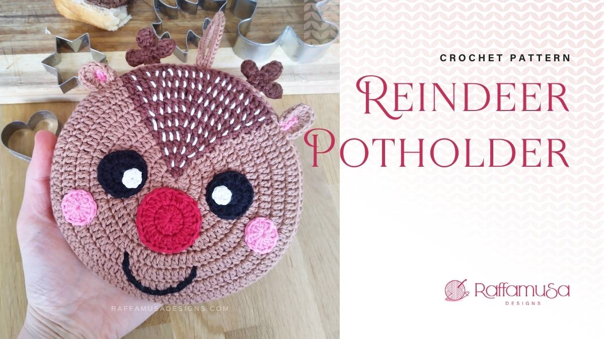 Reindeer Christmas Potholder - Free Crochet Pattern - Raffamusa Designs