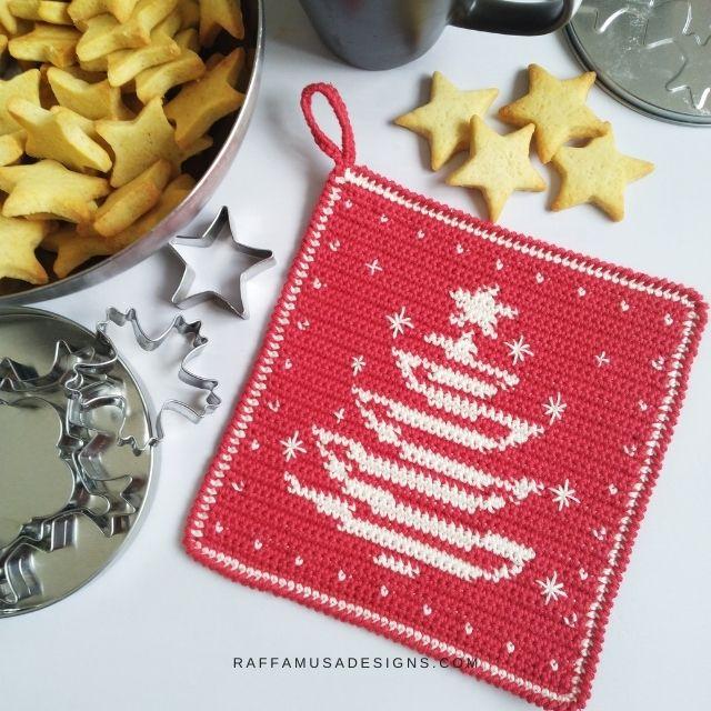 Tapestry Crochet Christmas Tree Potholder