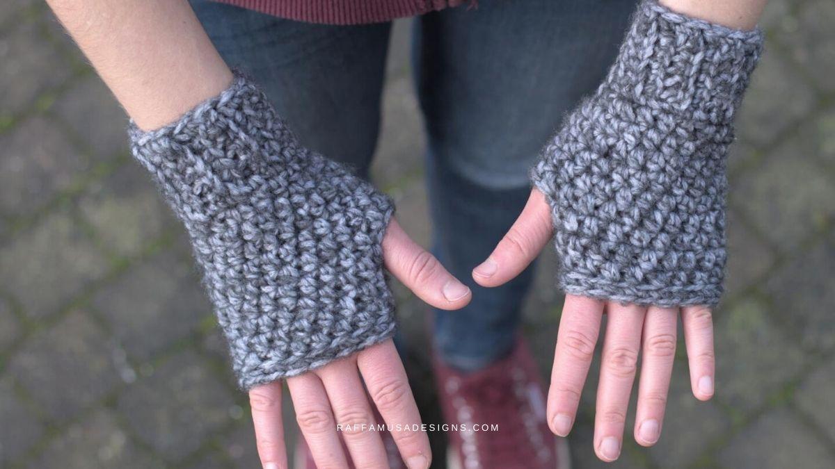 Crochet Basic Fingerless Gloves - Free Beginner-Friendly Pattern - Raffamusa Designs