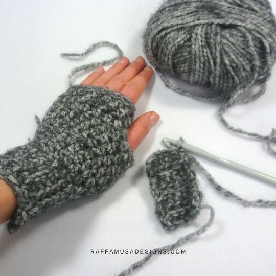 WIP - Basic Fingerless Gloves - Free Crochet Pattern - Raffamusa Designs