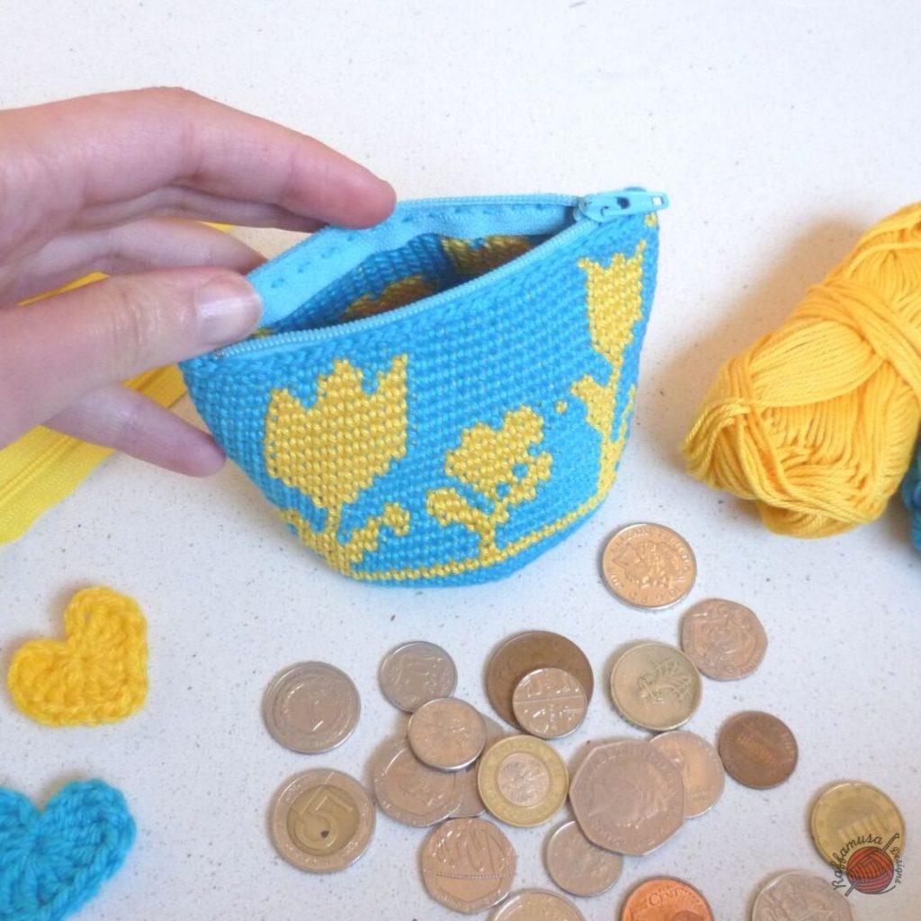 Crochet Flowery Coin Purse with zipper