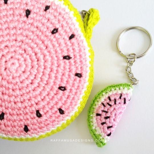 Crochet Watermelon Coin Purse and Keychain - Raffamusa Designs