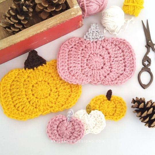 Crochet Pumpkin Appliques - Free Pattern - Raffamusa Designs