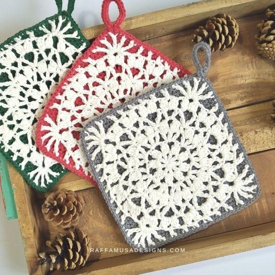 Falling Petals Crochet Potholders - Raffamusa Designs