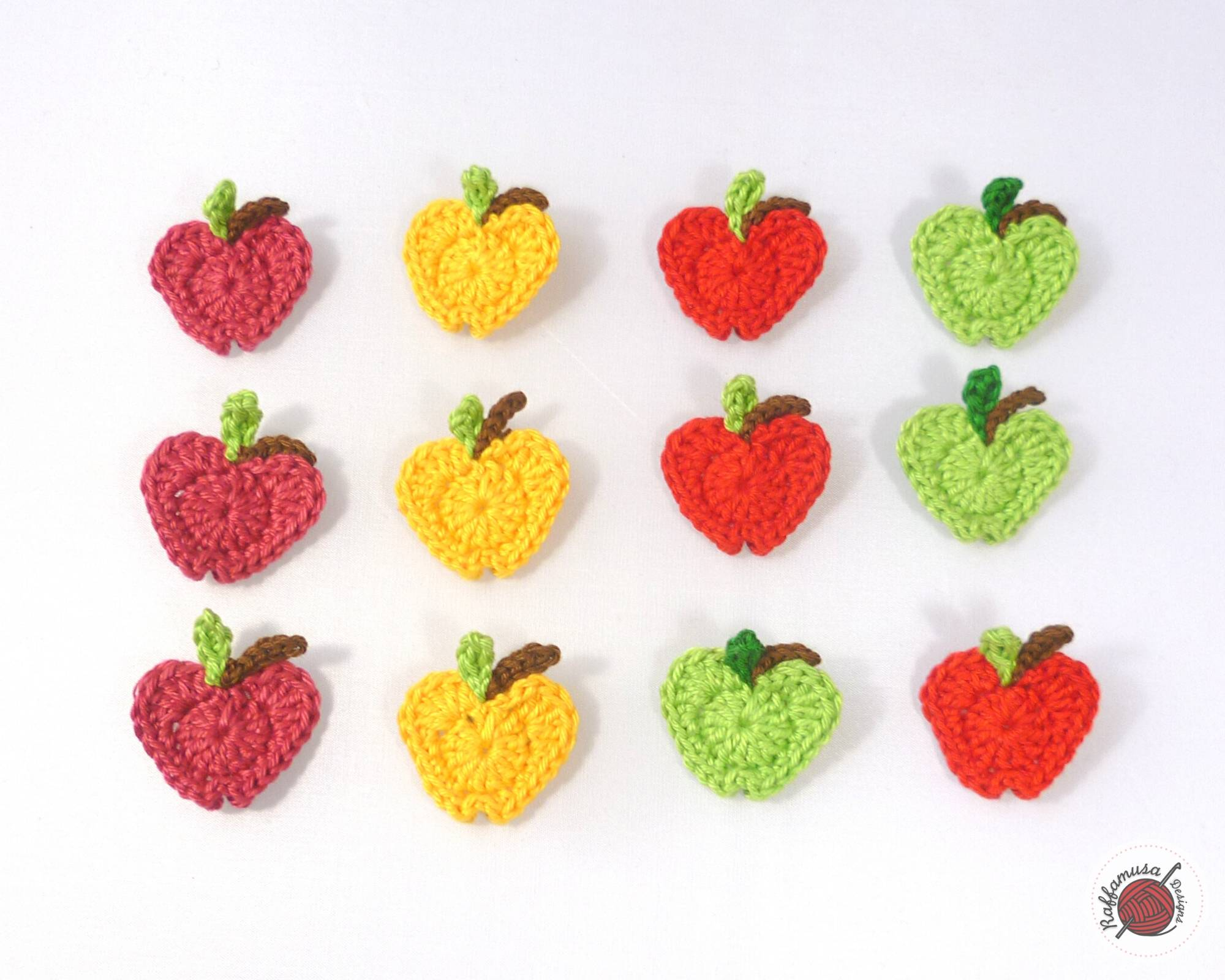In Love with Apples Crochet Applique - Free Pattern by RaffamusaDesigns
