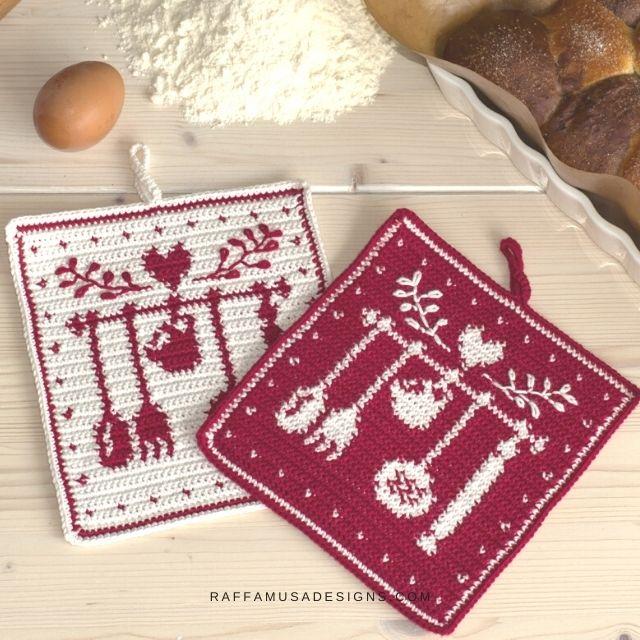 Nana's Kitchen Tapestry Crochet Potholder - Raffamusa Designs