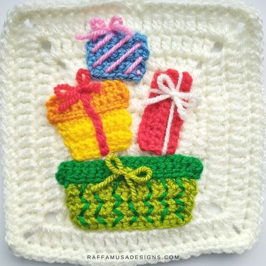 Christmas Presents Appliques and Granny Square - Crochet Pattern