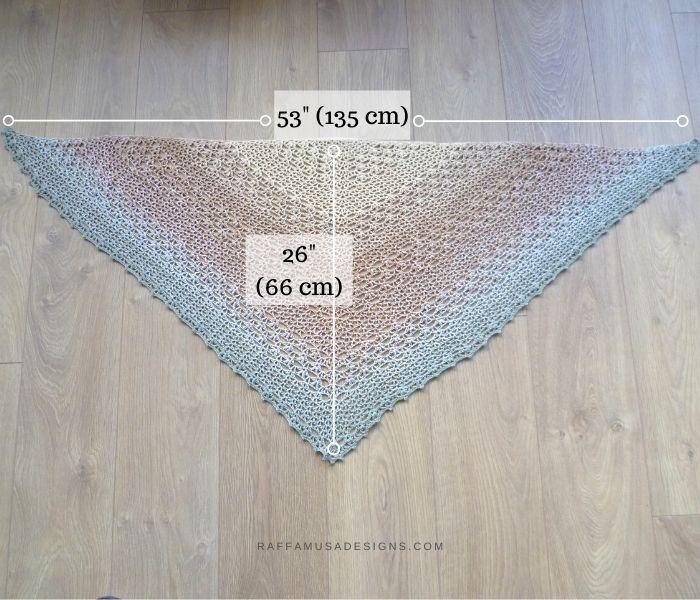 Final size of the Proserpina V-Stitch Shawl - Free Crochet Pattern - Raffamusa Designs