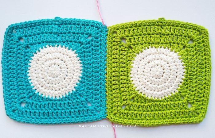 How to Join Panels and squares with the Mattress Stitch - Free Tutorial - Raffamusa Designs