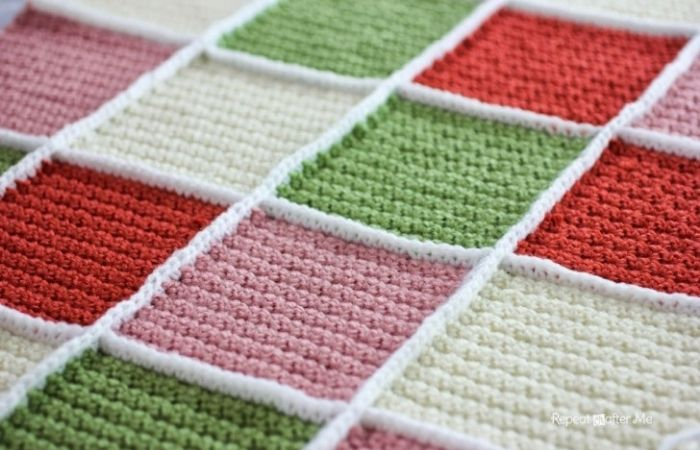 Join granny squares with the single crochet join