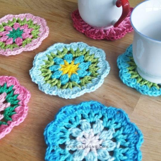 Crochet Flower Coasters - Scrap Yarn Projects - Raffamusa Designs