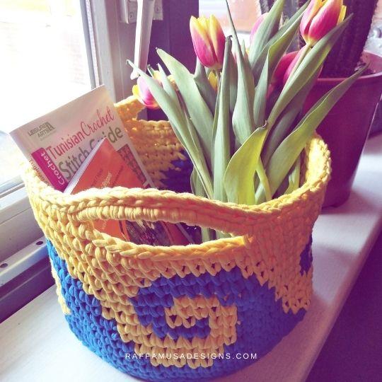 Sea Waves Crochet Organizer - Free Pattern - Raffamusa Designs