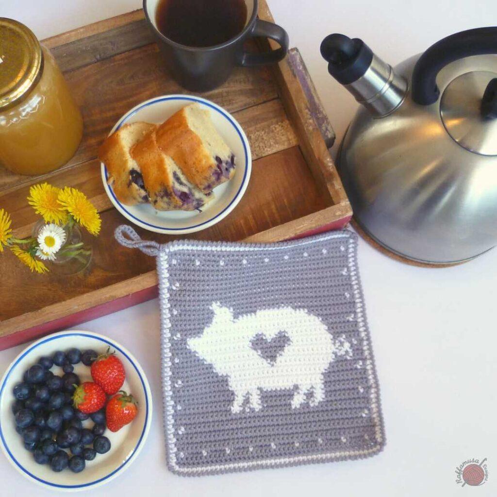 Tapestry Crochet Pig Potholder