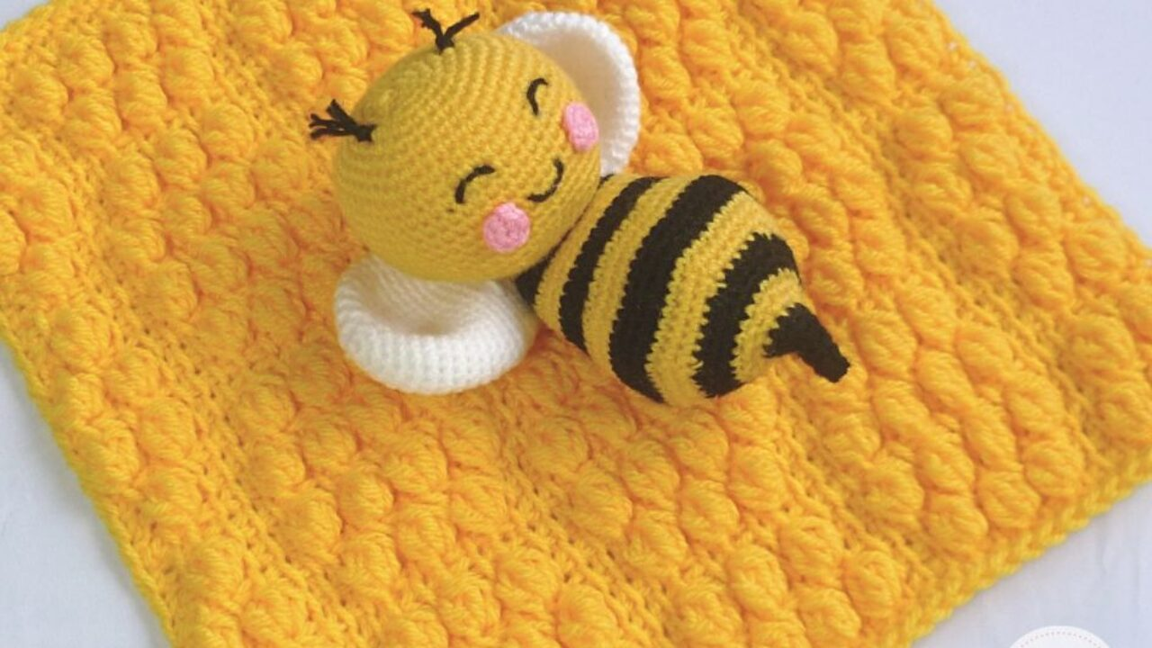 Bonnie Bee Doll - CROCHET Bee PATTERN / Amigurumi Bee PATTERN ... | 720x1280