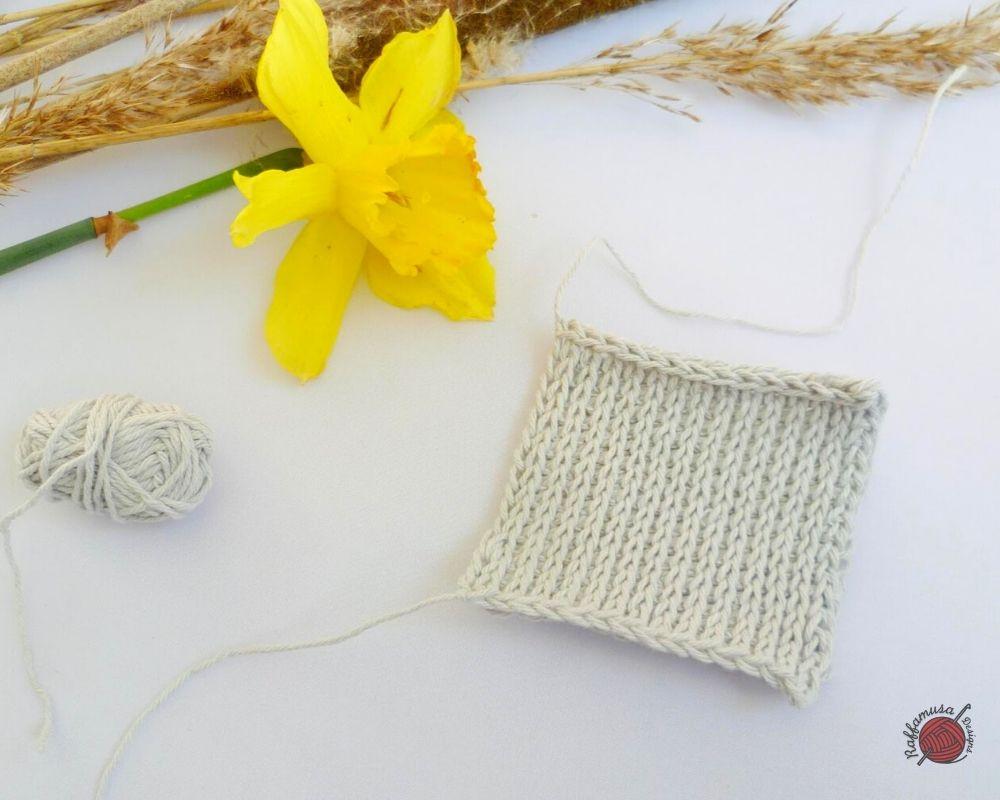 Tunisian Crochet Knit Stitch - Free Tutorial by RaffamusaDesigns