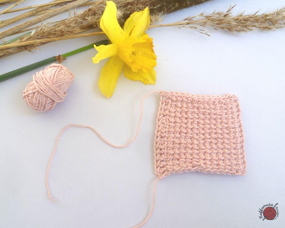 Tunisian Crochet Reverse Stitch - Free Tutorial by RaffamusaDesigns