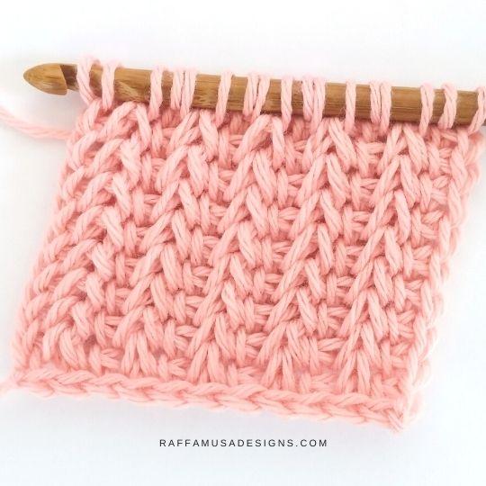 Tunisian Crochet Saloniki Stitch - Ribbed Texture - Free Tutorial - Raffamusa Designs